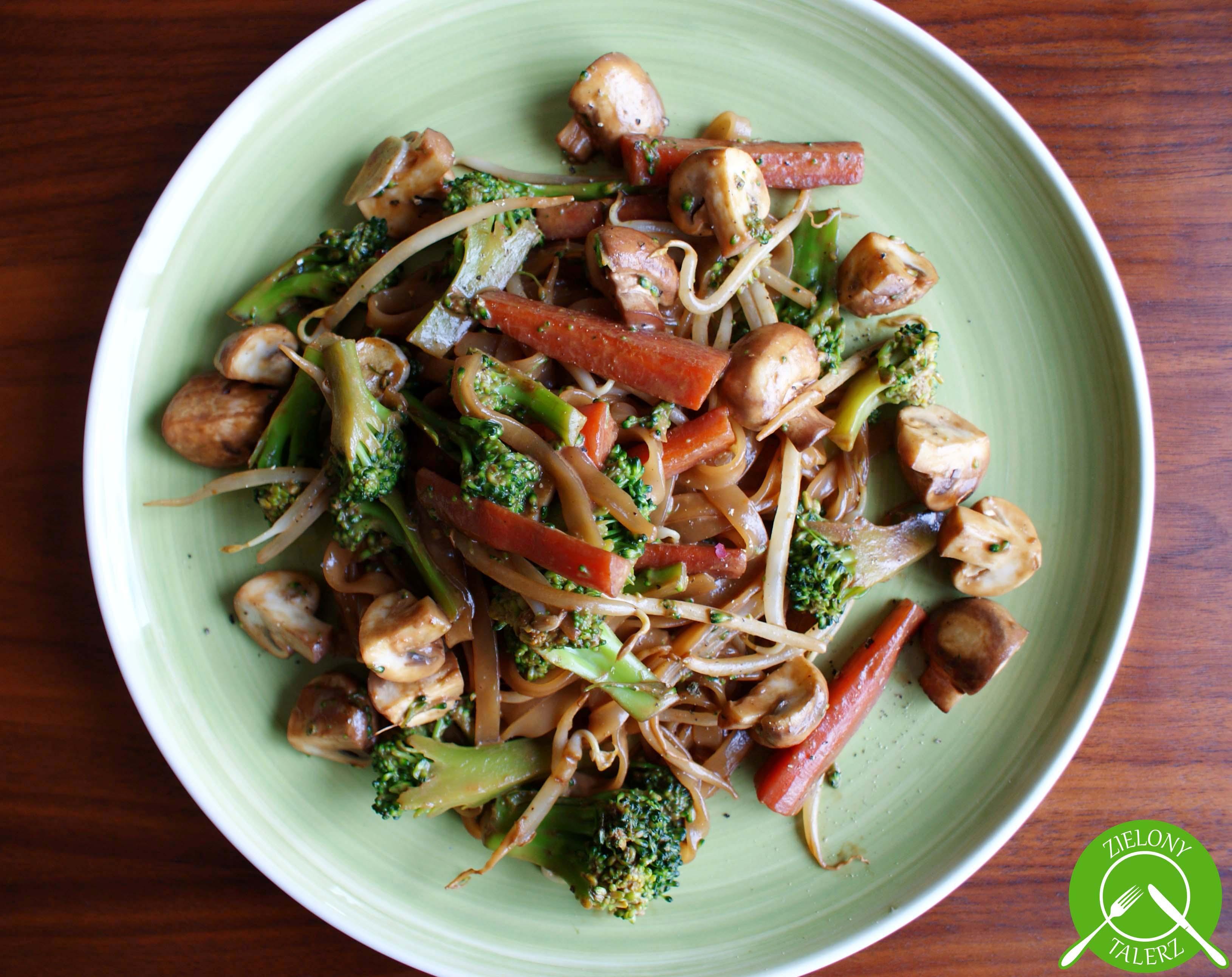 Tajski Makaron Z Warzywami Zielonytalerz Pl
