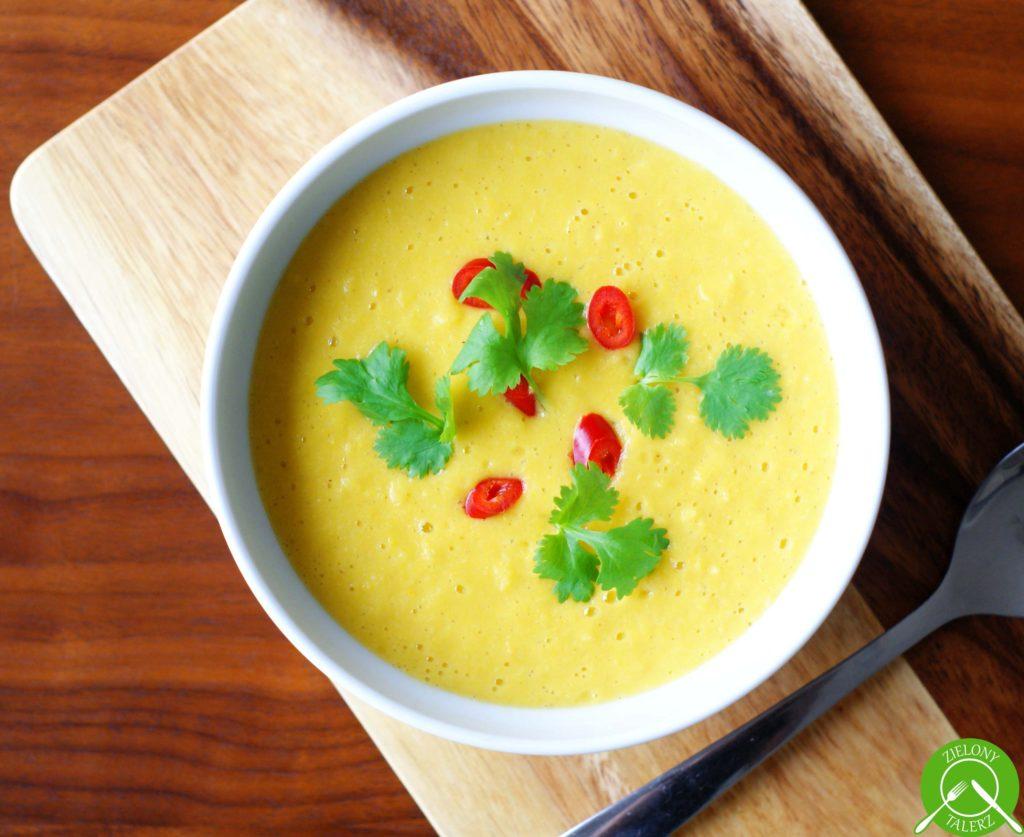 kokosowa zupa krem z kukurydzy i mango